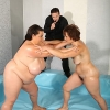 Mature Dominika wrestling with CHUBBY Viktorie